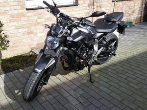 Yamaha MT07 offen